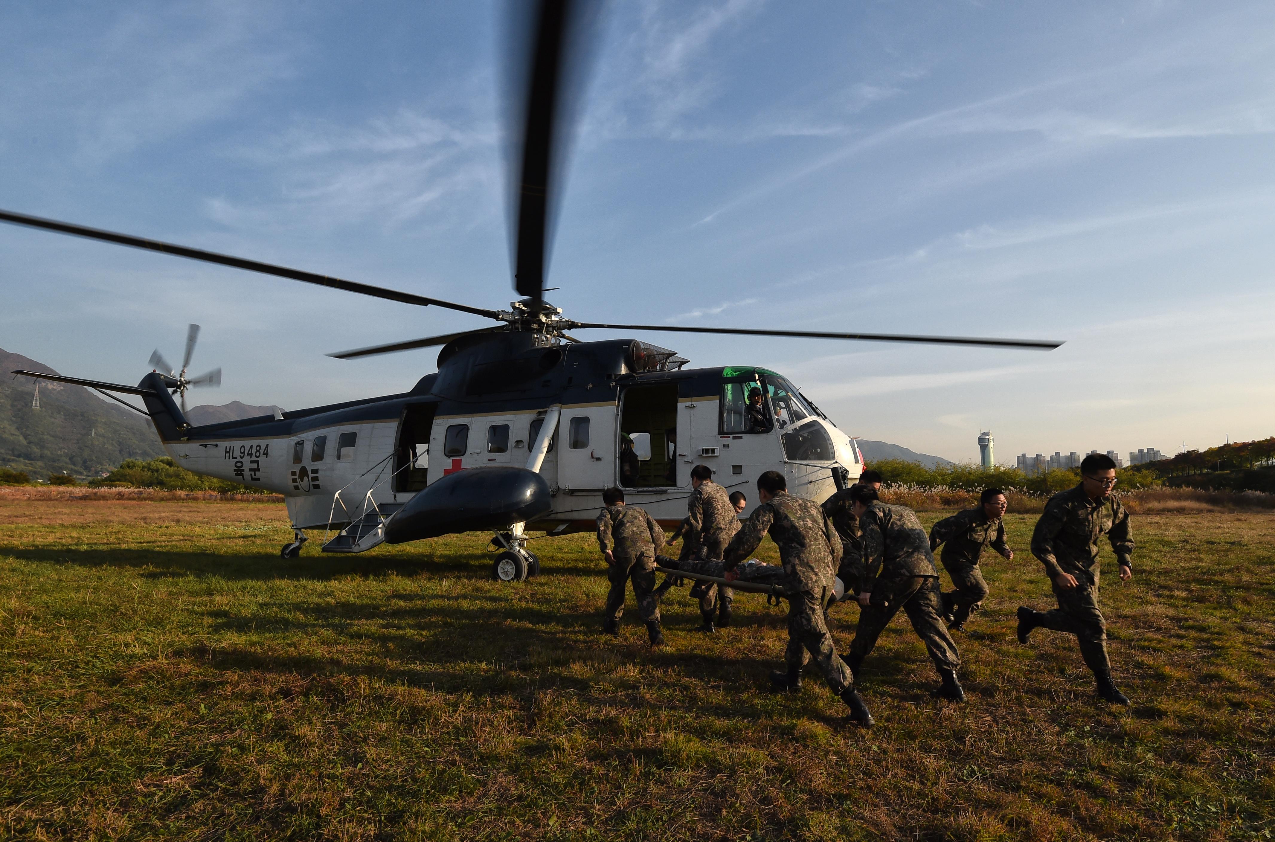 20171025020 육군항작사 전시 민간항공기 동원훈련 조용학.jpg